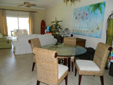 Elegantly appointed three bedroom beachside condo