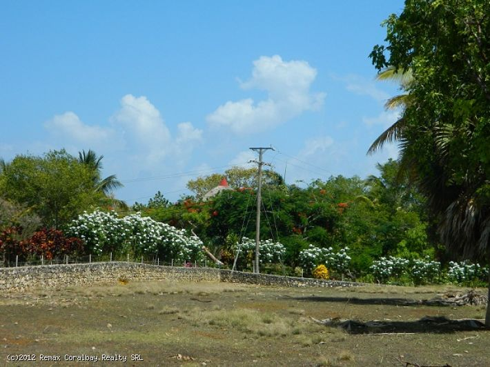 Large piece of land with Ocean view in exclusive gated community