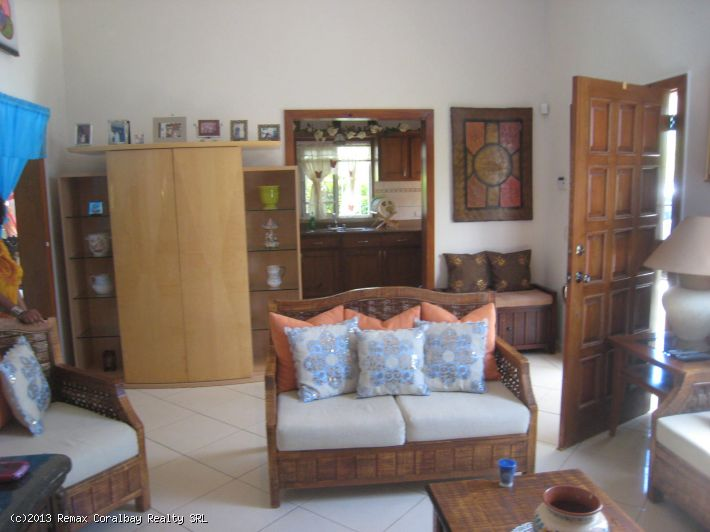 Villa with Pool, Privacy, Fantastic Price