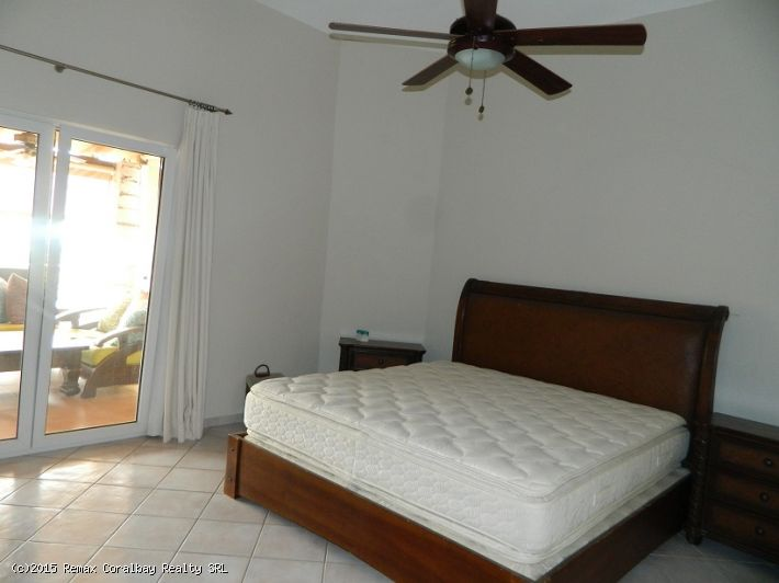 Nice and breezy 3 bedroom apartment