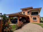 Large 4 bedroom Villa facing the Golf Course ..