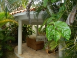 Lovely 3 bedroom house in tropical settings ...