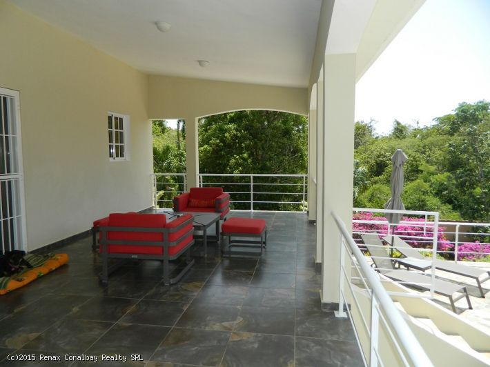 Large Villa with guest house, turnkey...