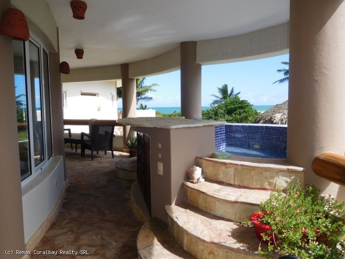 Gorgeous 2 bedroom condo with ocean view ...