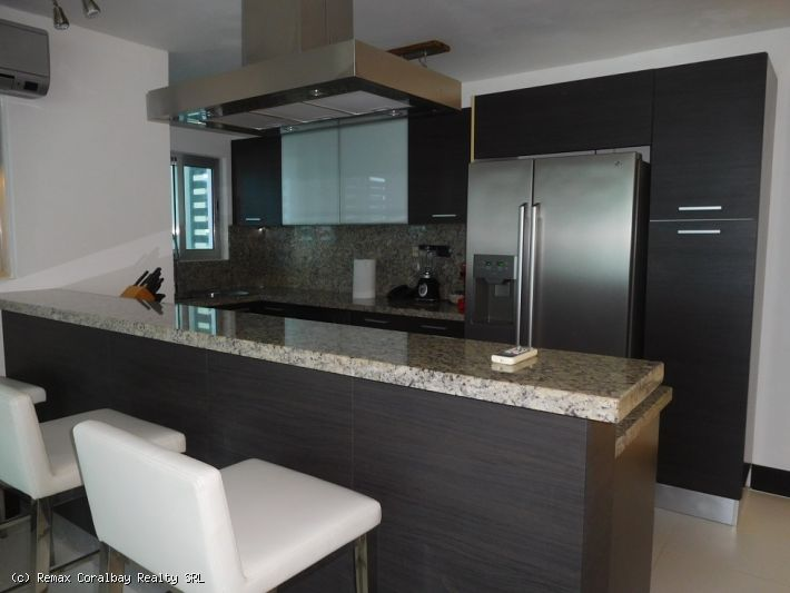 Deluxe 3 bedroom apartment in Ocean Club & Spa resort ...