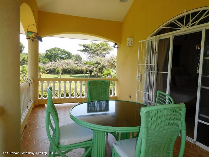 Private two story Villa with integrated apartment ...