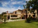 Large 7 bedrooms Villa ...