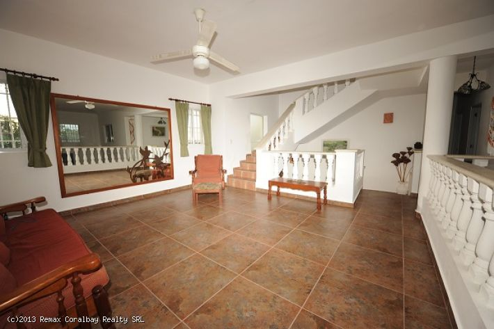 Large 5 bedroom Villa with scenic views....